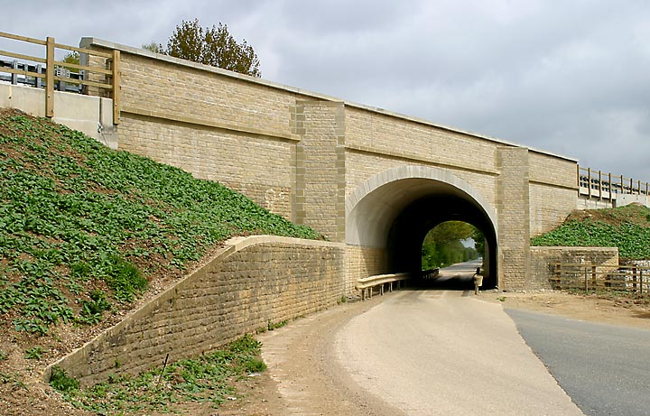 Cassington A40 bridge in 2005